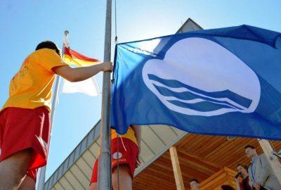 Błękitna Flaga znów nad świnoujskimi kąpieliskami i mariną